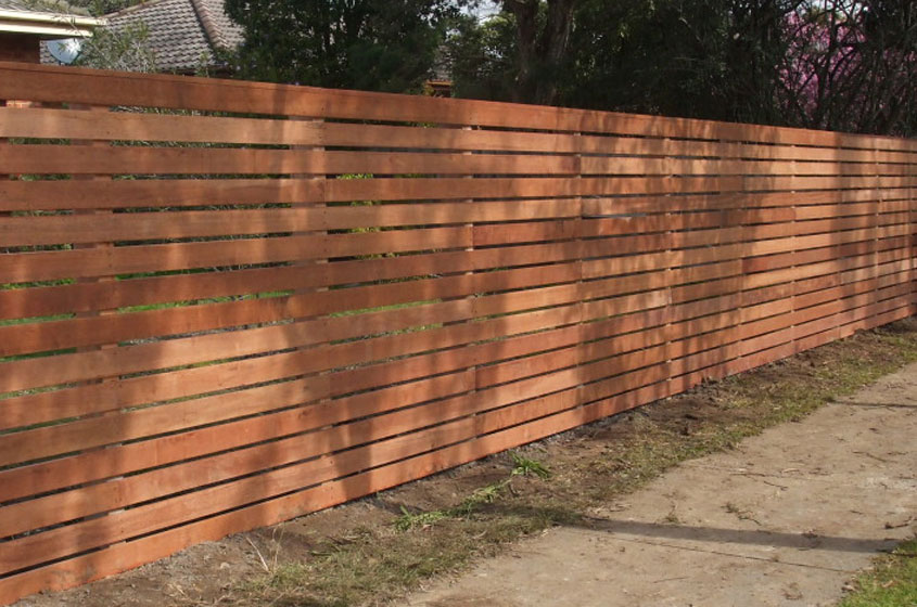 Timber Fencing (8)